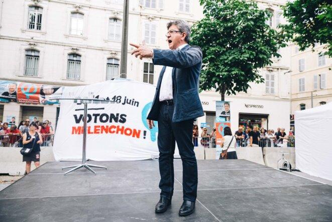 Pour son dernier meeting, à Marseille, Mélenchon a choisi d'attaquer les futures ordonnances réformant la loi sur le travail, le 15 juin 2017 © Nicolas Serve/Hans Lucas