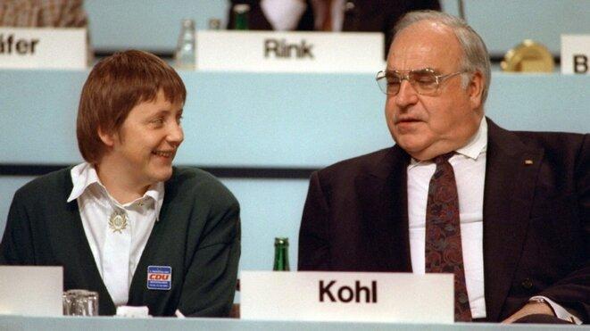 Angela Merkel et Helmut Kohl lors d'une conférence de la CDU en 1991 © (dr)