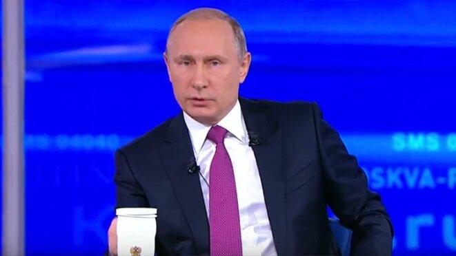 Vladimir Poutine lors du grand oral de « Ligne directe », le 15 juin. Capture écran Youtube.