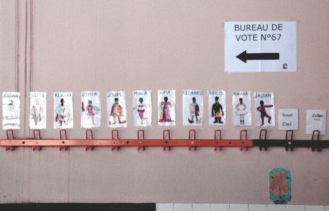 Dans un bureau de vote toulousain. © Emmanuel Riondé