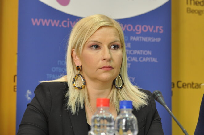 Zorana Mihajlovic, figure du parti progressiste, a apporté son soutien à Ana Brnabic.