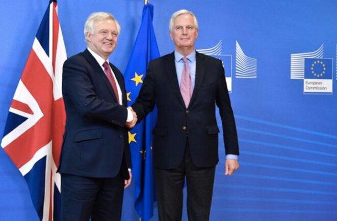 David Davis, secrétaire d'État au Brexit, et Michel Barnier, négociateur pour le compte des Européens, lundi 19 juin à Bruxelles © EC.