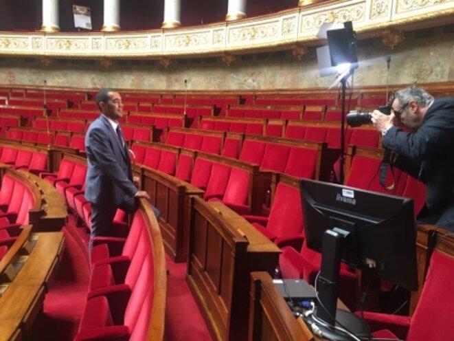 Saïd Ahamada, nouveau député LREM des quartiers Nord de Marseille, lors de la séance photo dans l'hémicycle © Guillaume Jesberger