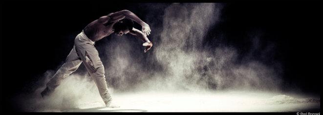 La troupe du Nederlands Dans Theater investit Chaillot avec trois pièces chorégraphiques belles et intenses © Rahi Rezvani