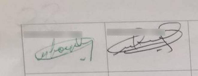 A gauche, la signature du second tour (vert), à droite, celle du premier (noir)