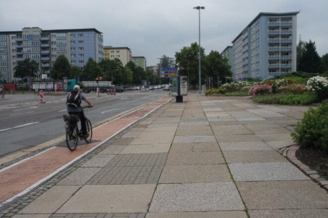 À Chemnitz, « Plattenbau » et grandes avenues quadrillent le paysage © AP