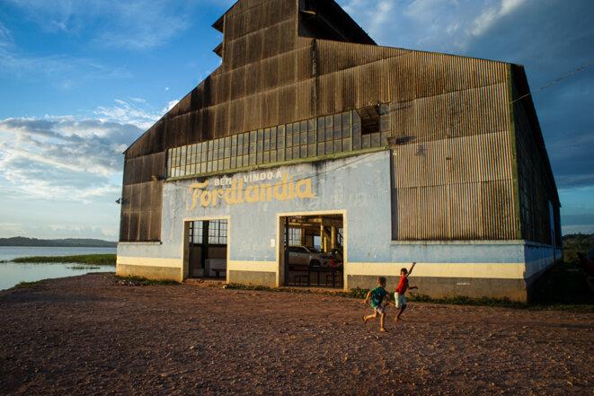 Un des entrepôts de Fordlândia © Thomas Cantaloube