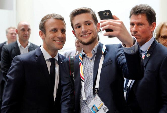 Selfie avec Emmanuel Macron, lors du sommet du G20 à Hambourg, samedi 8 juillet. © Reuters