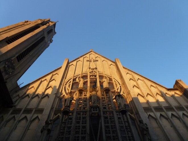 Rouen, église Saint-Nicaise, nef et clocher art déco, par Pierre Chirol et Émile Gaillard © L.A-M