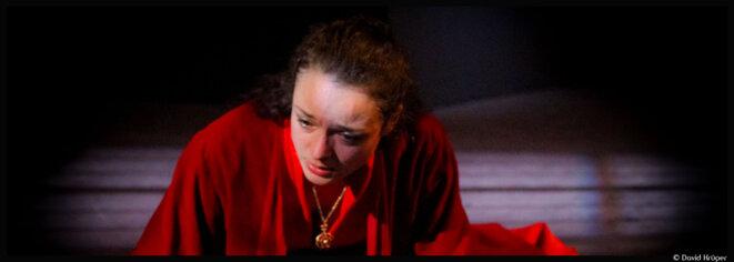 Au théâtre de l'Oulle, Pascal Faber redonne vie à une Marie Tudor vibrante © DR