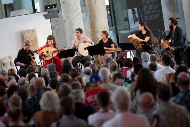 Orpheus XXI, Musique pour la vie et la dignité, Musée départemental Arles antique © Florent Gardin