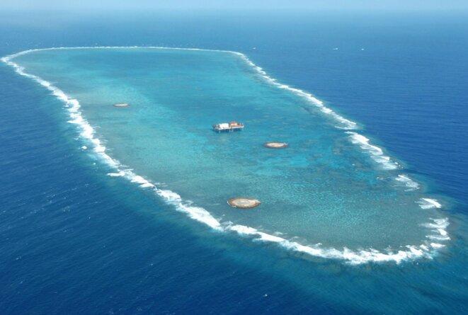 Vue aérienne de l'atoll d'Okinotorishima. © Kyodo