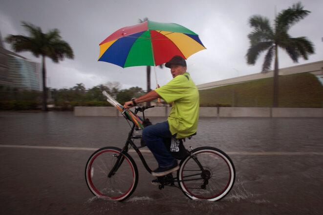 Le boulevard Biscayne de Miami inondé en 2015. © Reuters