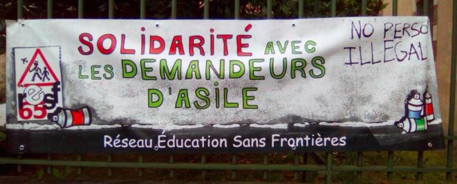 RESF solidarité avec les demandeurs d'asile
