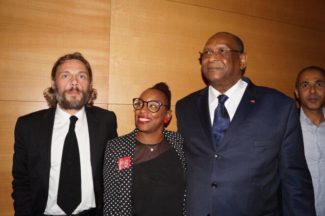 L'ancien sous secrétaire général de l'ONU. et ancien premier ministre de Guinée Lansana Kouyaté.A ses côtés Thierry Paul Valette le fondateur de l'Egalite Nationale.