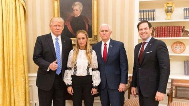 Début 2017, Lilian Tintori, la femme de Leopoldo Lopez, à Washington avec Donald Trump, Mike Pence, et Marco Rubio (pour discutailler évidemment)