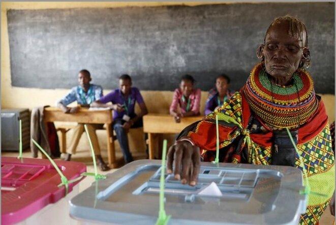 8 août 2017. Jour de vote dans un village proche de Baragoi, au centre du Kenya. © Goran Tomasevic / Reuters