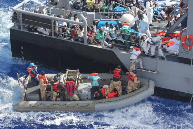 Migrants en mer Méditerranée