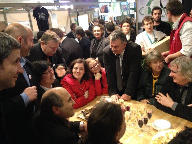 Délégation d'élus à la rencontre des agriculteurs au salon de l'agriculture © F. Guerrien