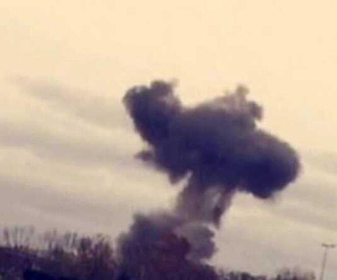 le nuage de fumée suivant l'explosion