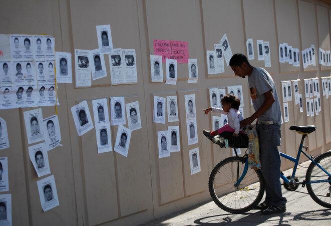 Fotografías de estudiantes desaparecidos en Ayotzinapa en octubre de 2014. © Reuters