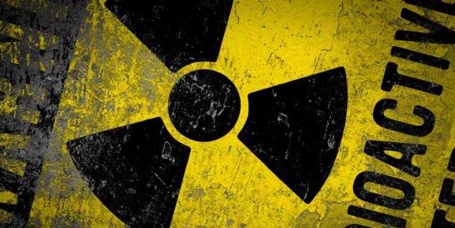 widescreen-radioactive-nuclear-wallpaper-warning-backgrounds-mac-95443