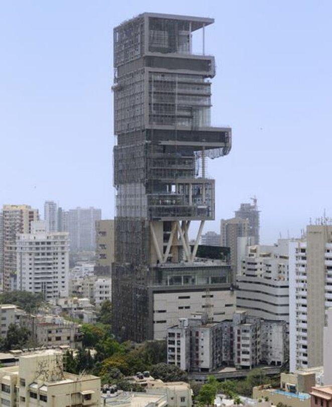 La maison de 27 étages de la richissime famille indienne Ambani à Mumbay (ex-Bombay) en Inde