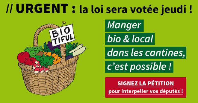 """Pétition de l'association Agir pour l'environnement en faveur de la loi """"Mangeons local"""" © Agir pour l'environnement"""
