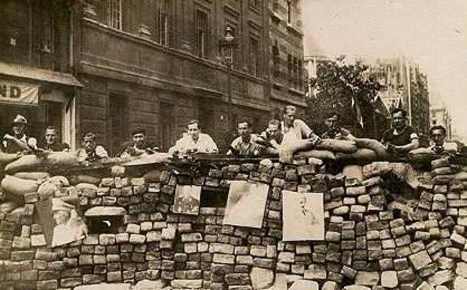 barricade-00001