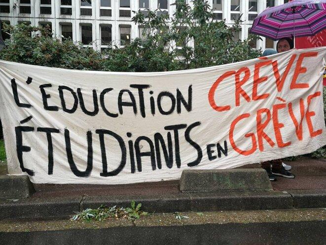 Les étudiants du BTS audiovisuel de Suger, en grève depuis le 11 septembre