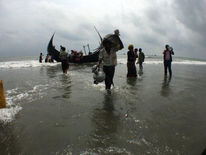 Des réfugiés rohingyas à leur arrivée au Bangladesh, Shamlapur, Cox's Bazar. 06/09/2017 © Amnesty International