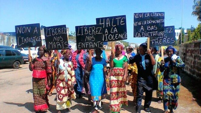 A Lomé les femmes demandent la justice, la liberté, la fin de la violence, la démocratie © François Fabregat