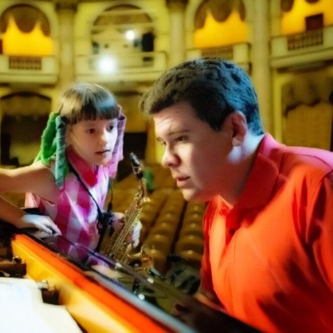 Denis Matsuev et la petite princesse par Evgeny Evtyukhov