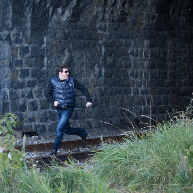 Denis fuyant le train fantôme par Evgeny Evtyukhov