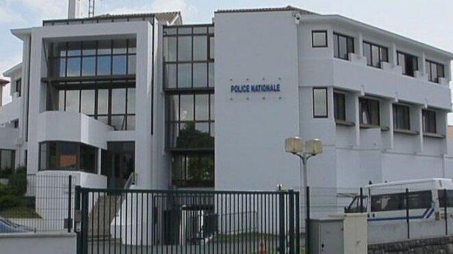 Le comportement de policiers du centre de rétention d'Hendaye a déjà été mis en cause. © DR