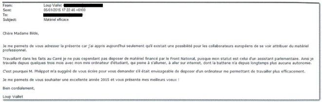 Le 5 janvier 2015, Loup Viallet demande un ordinateur à sa députée. © Document Mediapart
