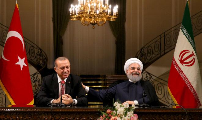 Le président turc Erdogan et son homologue iranien Rouhani lors d'une conférence de presse commune à Téhéran, mercredi 4 octobre 2017. © Reuters