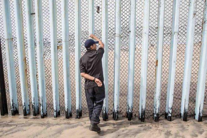 Le mur promis par Donald Trump à la frontière entre les Etats-Unis et le Mexique existe déjà à Tijuana. © Valerio Muscella