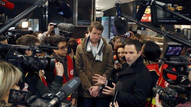 Yannick Jadot (à gauche) et Benoît Hamon pendant la campagne présidentielle © Reuters