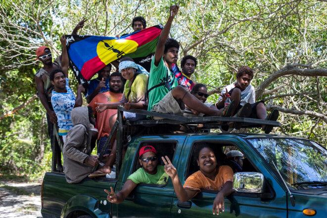 Jeunes de la tribu de Kejëny, sur l'île de Lifou, en Nouvelle-Calédonie, en janvier 2017. © Patrice Terraz/Signatures