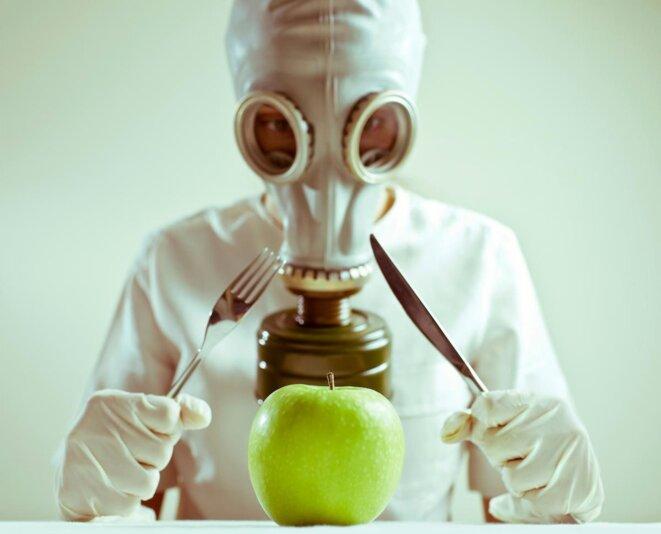 pesticide-masque-a-gaz-pomme