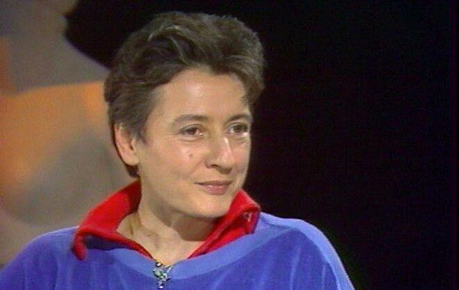 Christine Delphy, en 1985, sur un plateau télévisé. © lmsi