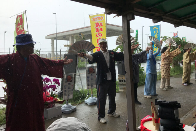 """À Okinawa, ceux qui s'opposent à la nouvelle base militaire américaine redoutent d'être visés par la loi """"anti-conspiration"""" © F. O."""