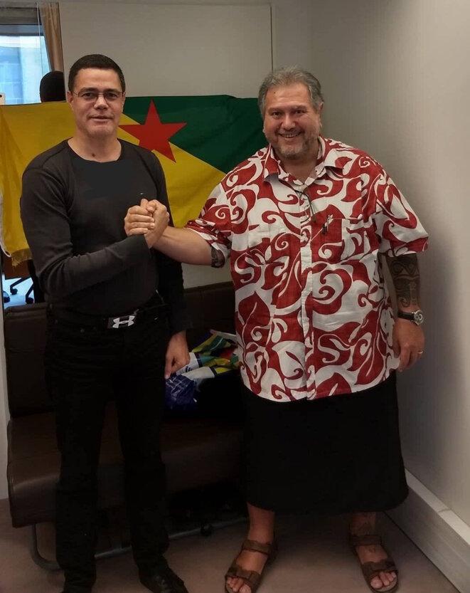 Moetai Brotherson et Pyèr. Le 12 octobre 2017 à l'Assemblée Nationale.