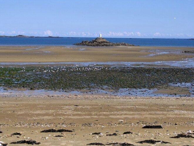 Plage du Moulin à Etables-sur-mer © BussonnierMatthias