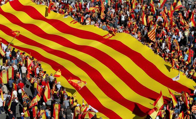 Le 29 octobre, à Barcelone, manifestation anti-indépendantiste © Yves Herman/ Reuters