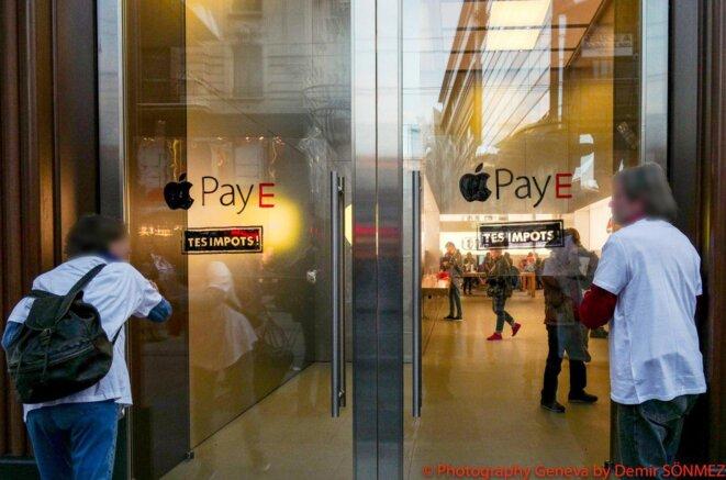 action devant «l'Apple store» de Genève le 27 octobre © Demir Somnez