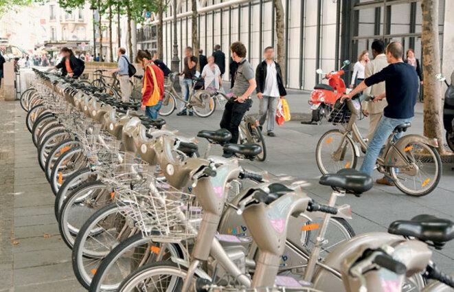 cyclistes-station-velib-630x405-c-thinkstock