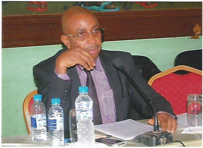 Pr Alpha Amadou Bano Barry (Sociologue) Enseignant-Chercheur . Auteur de « Les violences collectives en Afrique: le cas guinéen  » Crédit photos: page facebook
