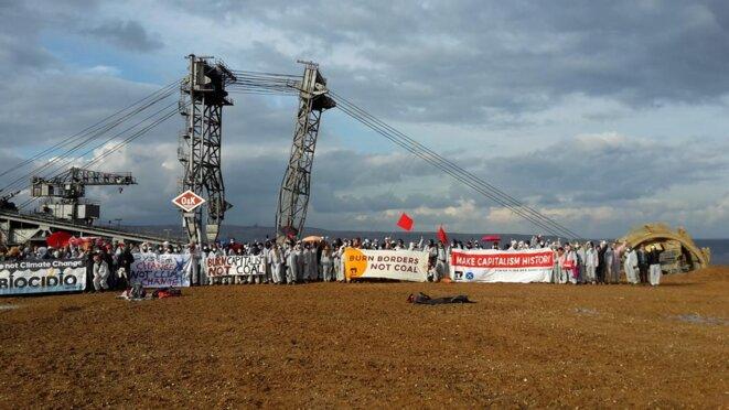 Occupation de la mine de Garzweiler à la veille de l'ouverture de la COP23 à Bonn